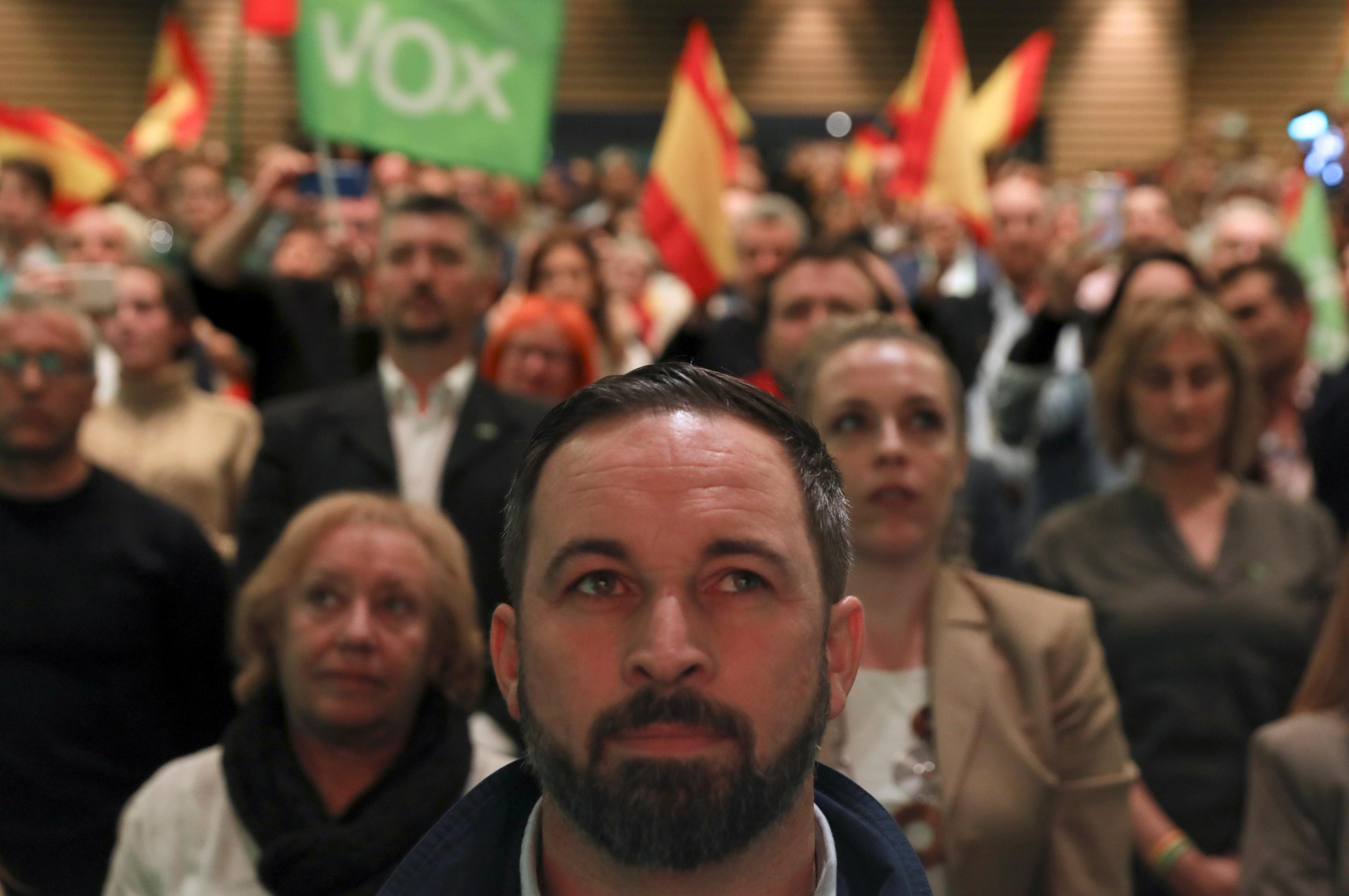 2019-04-11T193737Z_200847590_RC13CD844CD0_RTRMADP_3_SPAIN-ELECTION-VOX%281%29_0.JPG
