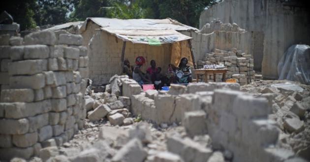 VOA_Bangui_Refugees_02%20%281%29.jpg
