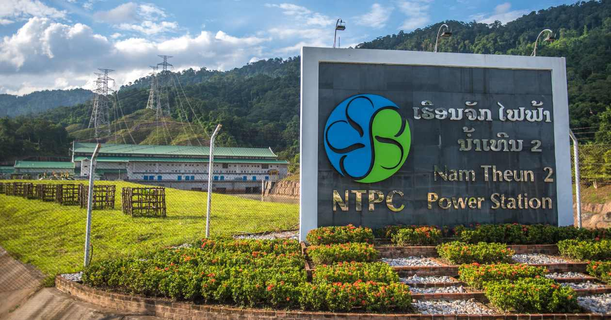 """""""37910-014: GMS Nam Theun 2 Hydroelectric Project in Lao PDR"""" by Asian Development Bank is licensed under CC BY-NC 2.0"""