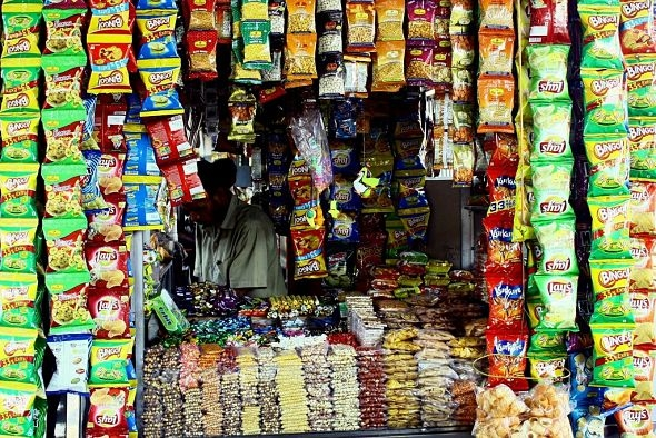 essay on junk food in india Junk food and fast food addiction is a growing cause for concern and it's a  jeanette jenkins junk food has become increasingly popular in india with many.