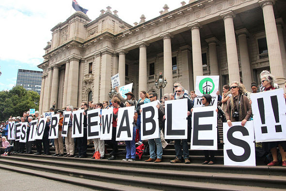 28.09.15-yes-to-renewables-590x393.jpg