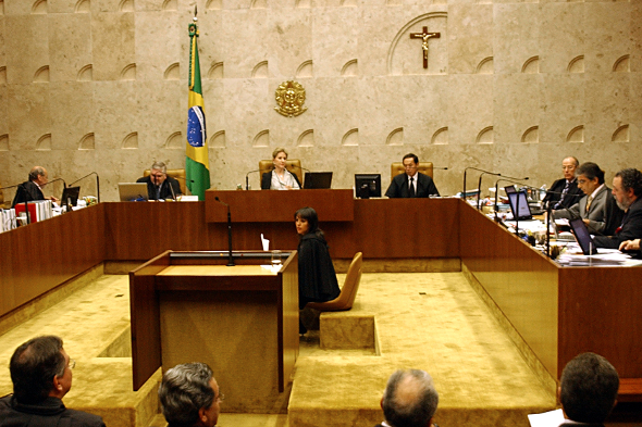 20-11-15-Brazilian-Supreme-Federal-Tribunal-590x393.jpg