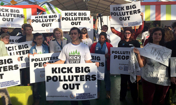 09.12.15-kickout-polluters-590.jpg
