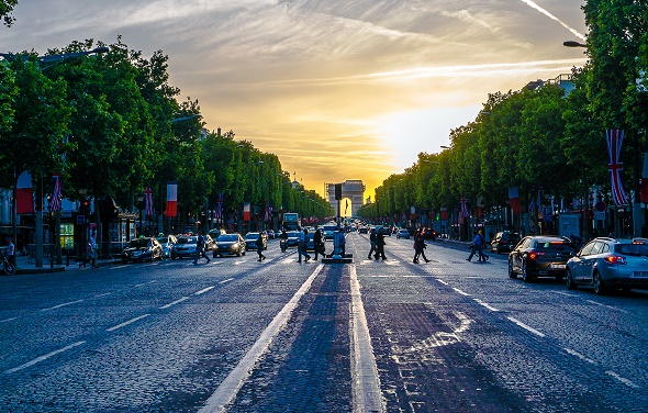 Road to Arc de Triomphe