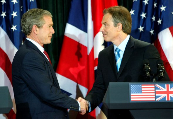 26.09.2016=-blair-and-bush-590.jpg