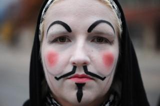 anon-protester-320.jpg