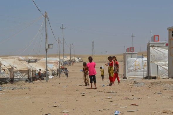 Refugees at Khazir camp
