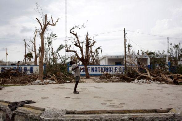 13-10-2016-haiti-matthew-09-590.jpg