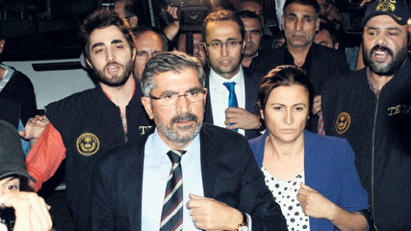 24-11-2016-Amnesty-International-Turkey-Tahir-Elci.jpg