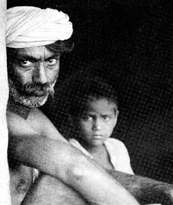 Bhil father and son. India's 'tribals' are threatened by the disappearence of the forests.
