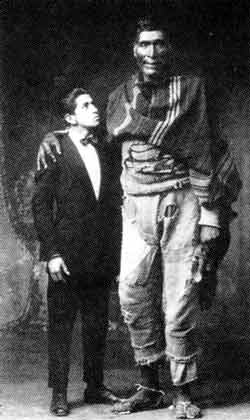'Two giants' (1929) - the man on the left is Chambi's assistant, who was 6 feet 4 inches tall.