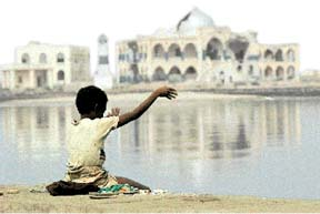 Photo by Seamus Murphy/Panos Pictures - Child fishing in Eritrea