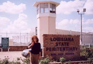 Anita Roddick outside the Angola prison.