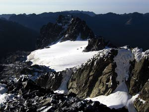 The diminishing glacier high up in the Rwenzori Mountains. Photo: Richard Taylor