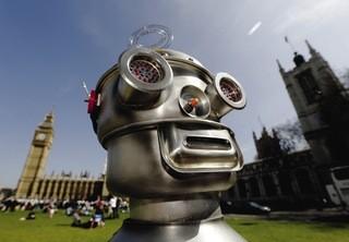 robot_face.jpg