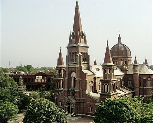 sacred-heart-cathedral-lahore.jpg