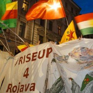 10.10.2019 - Defend Rojava demo in Kreuzberg - Berlin/MontecruzFoto