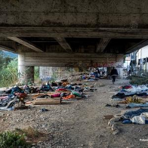EU border towns: Migrants sleeping under Via Europa, the bridge linking Italy and France in the border town of Ventimiglia. Photo by Fotomovimiento