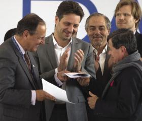 ELN interview: Guerrilla leader Pablo Beltrán of Colombia's ELN talks to Mónica del Pilar Uribe Marín