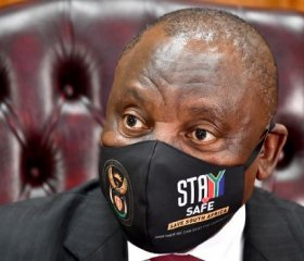 President Cyril Ramaphosa addresses the South African press on developments in the nation's risk-adjusted strategy to manage the spread of Coronavirus COVID-19 [Photo: GCIS/Flickr]