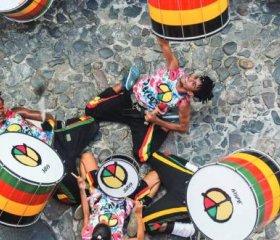 Olodum performers hit the streets. Credit: Banda Olodum
