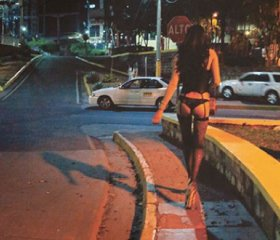 A trans sex worker takes to the streets of Tegucigalpa  Credit: Frauke Decoodt