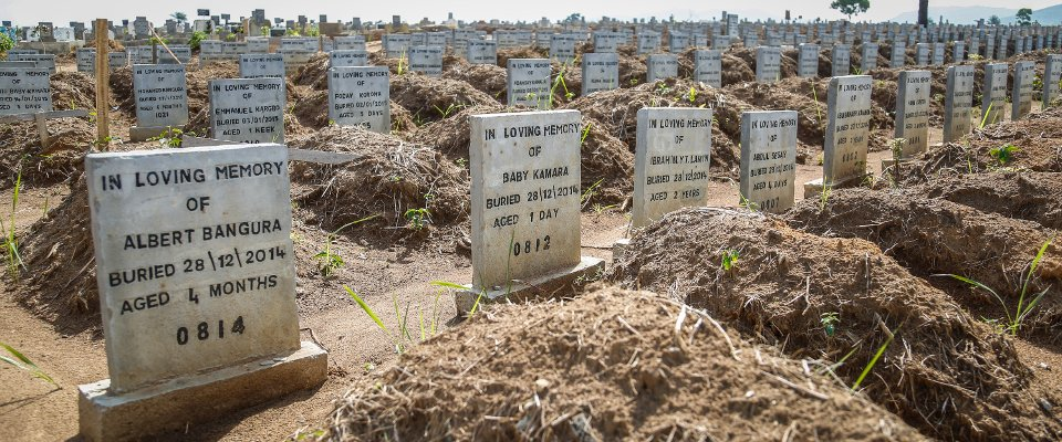 Wateloo cemetry near Freetown, Sierra Leone, a safe burial area for Ebola victims, 2015. Photo: Simon Davis/DFID, CC-BY-2.0