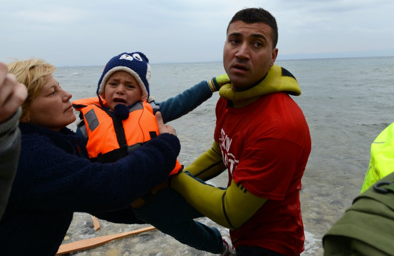 Children and vulnerable adults leave the dinghies first, as there is a risk of them capsizing on arrival. Often, before leaving Turkey, refugees buy from smugglers badly made life jackets, often from materials that would not protect them from drowning.